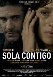 Cartel oficial en español de: Sola contigo