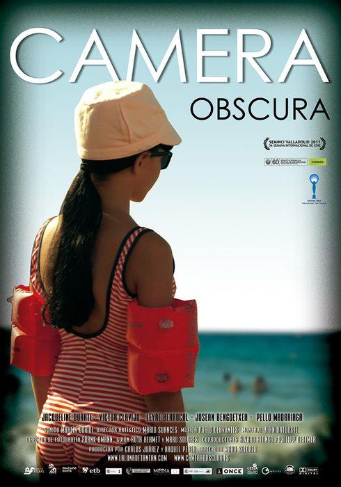 Cartel oficial en español de: Camera obscura