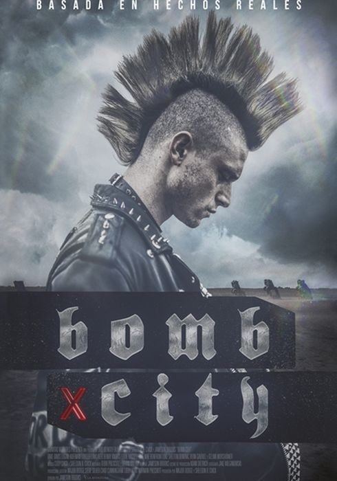 Cartel oficial en español de: Bomb City