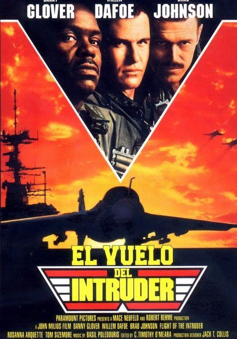Cartel oficial en español de: El vuelo del Intruder