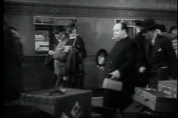 Alarma en el expreso (The Lady Vanishes, 1938)