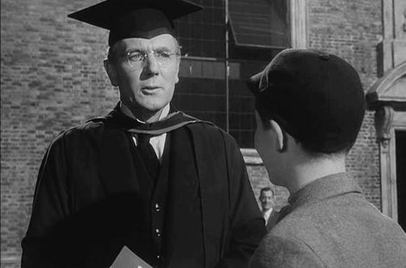 Profesor Andrew Crocker-Harris (Michael Redgrave)