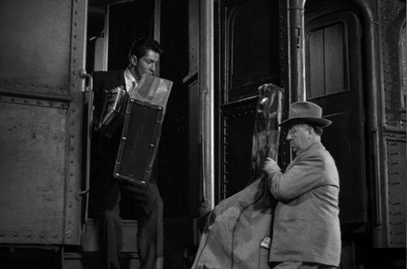 Extraños en un tren (Strangers on a Train, 1951)