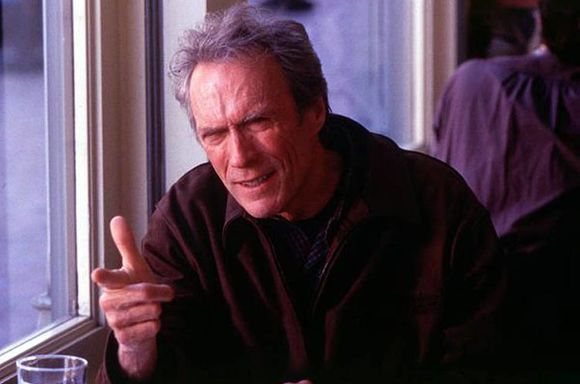 Clint Eastwood (como Steve Everett)