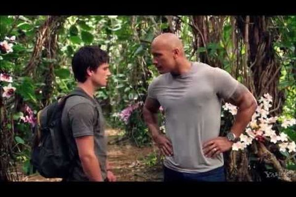 Journey 2: The Mysterious Island (Funny Scene)
