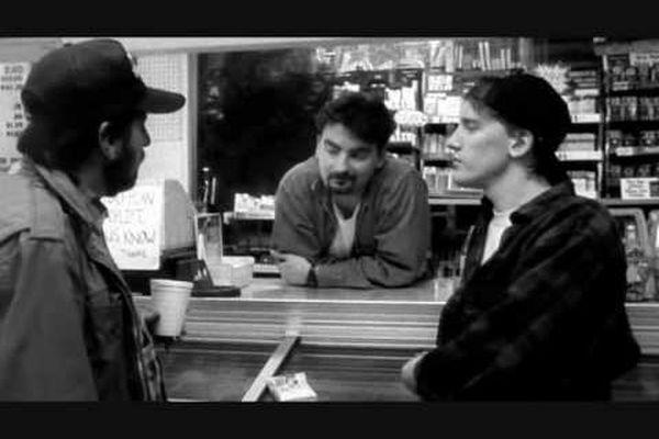 Clerks. Diálogo sobre los trabajadores de la Estrella de la Muerte.